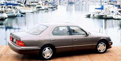 1999: Lexus, LS 400