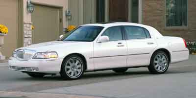 2004 LINCOLN TOWN CAR 4-Speed AT 46L 8 Cylinder Eng 4-Speed AT 46L 8 Cylinder Engine Rear Wh