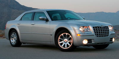 2007 CHRYSLER 300-SERIES SEDAN  RWD 4-Speed AT 27L V6 Cylinder Engine Rear wheel drive 6040