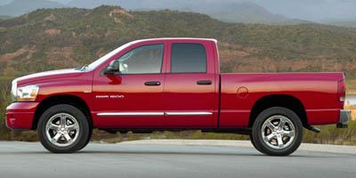 2007 DODGE RAM 1500 2WD QUAD CAB 47L 8 Cylinder Engine Rear Wheel Drive Pass-Through Rear Seat
