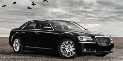 2014 CHRYSLER 300-SERIES 5-Speed Automatic HEMI 57L V8 5-Speed Automatic HEMI 57L V8 Multi Disp