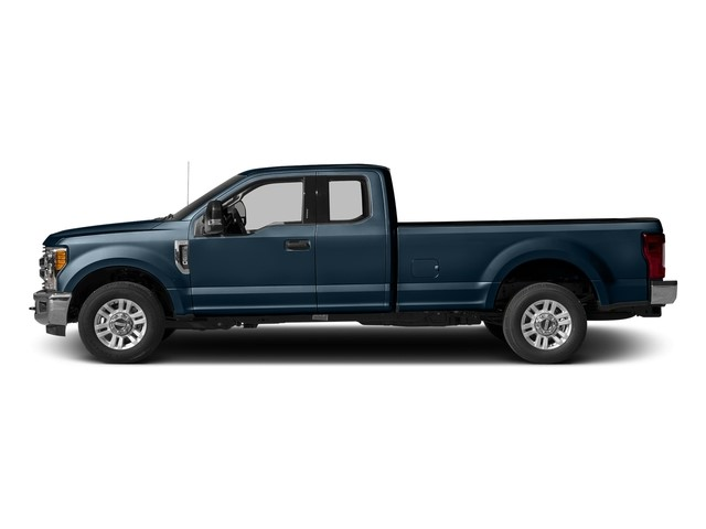 2017 Ford Super Duty F-350 SRW XLT / Meadowvale Ford