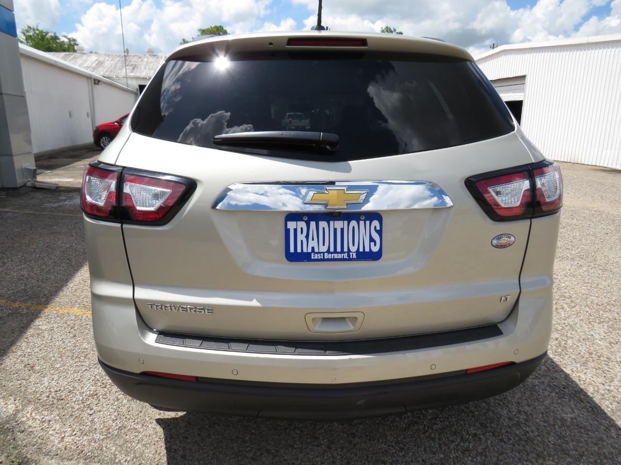2017 Chevrolet Traverse FWD 1LT photo