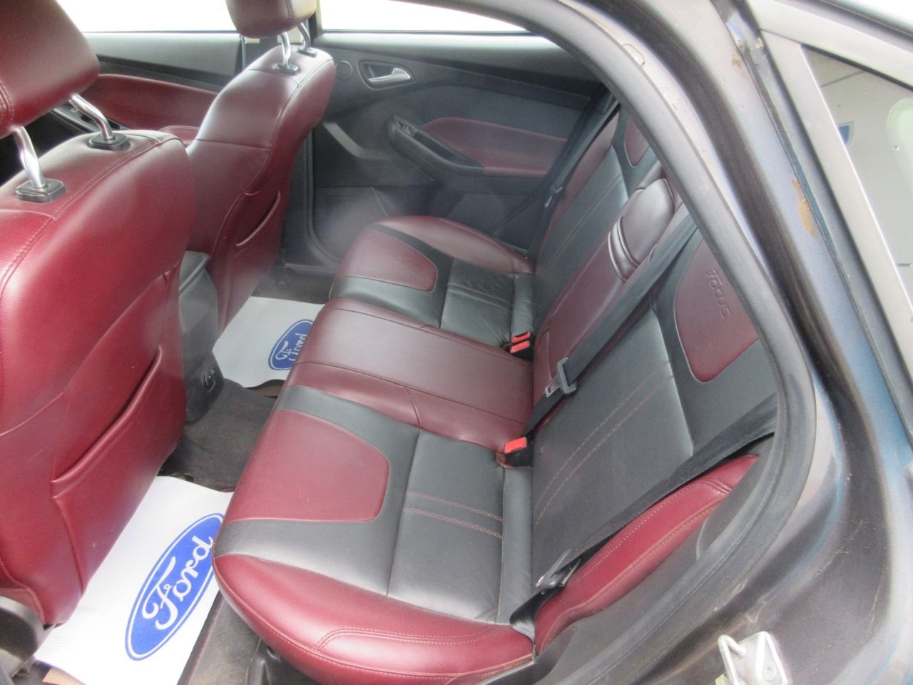 2012 Ford Focus Sedan Titanium
